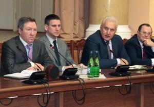 Олег Королев обсудил с руководителями органов власти предварительные итоги 2016 года