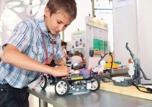 В Алтайском крае будет создан шестой центр молодежного инновационного творчества