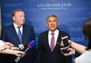 Алтай намерен развивать отношения с Татарстаном в сфере переработки углеводородов