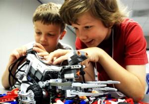 В Томске разработали образовательный набор из десяти роботов